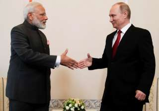 Narendra Modi meets Vladimir Putin - India TV
