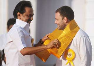 DMK's MK Stalin hosts tea party for Rahul Gandhi ...