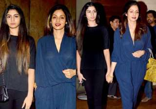 Sridevi and daughter Khushi Kapoor - India TV