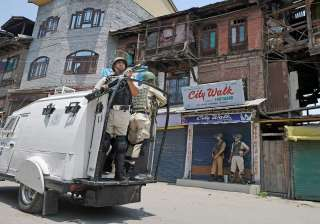 Normal life back in Kashmir, internet restored...