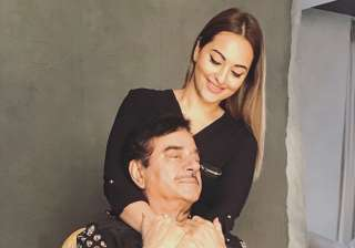 Shatrughan Sinha and Sonakshi Sinha - India TV