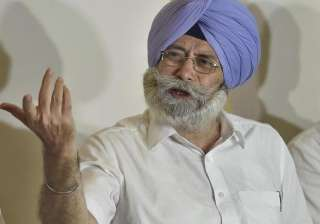 Will not vote for Meira Kumar, says AAP leader HS...