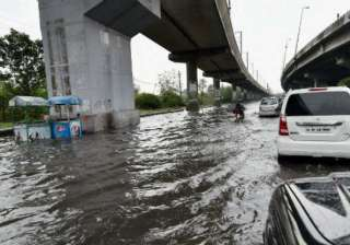 Lucknow remains water-logged - India TV