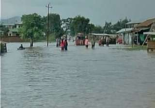 Torrential rain triggers flash flood in Manipur ...