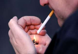 nicotine in cigarettes can curb smoking