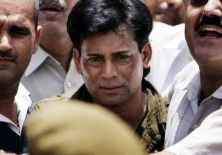 Abu Salem escapes death sentence, credit...