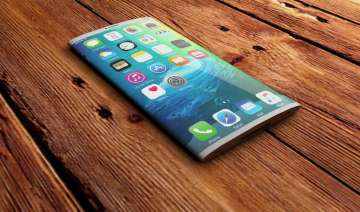 iPhone 8: rumours Wireless charging, curved...