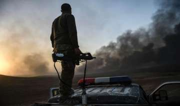 Iraqi forces resume fight against Islamic State...