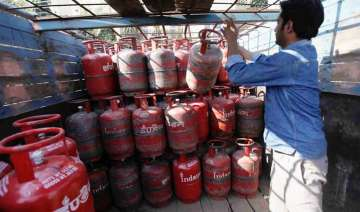 Taxpayers earning over Rs 10L may have their LPG...