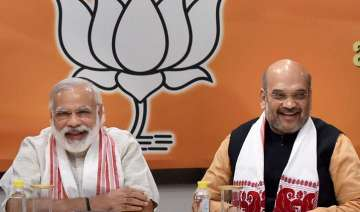 BJP plans to counter demonetisation heat with...