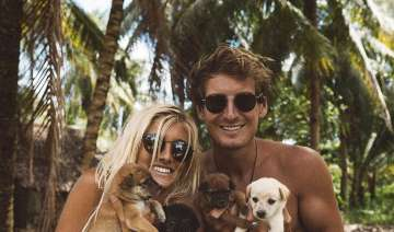 This dreamy couple earns $9000 per Instagram post...