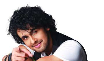 After Sonu Nigam, this Bollywood actress takes a...