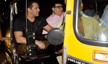 Salman Khan auto ride Tubelight