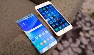 It will be Apple iPhone 8 vs Samsung Galaxy Note...