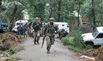 Three security personnel injured in grenade...