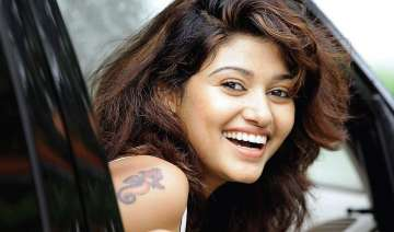 With Bigg Boss Tamil completing 100 days Oviya to...
