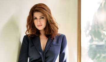 Twinkle Khanna gave some lessons to a troller -...