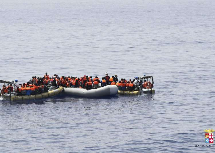 Bodies of more than 100 migrants wash ashore in Libya