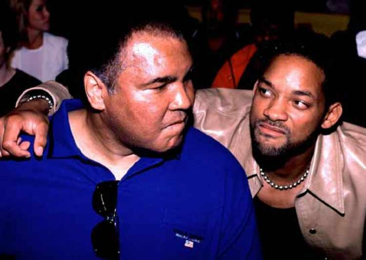 Will Smith to be pallbearer for Muhammad Ali's funeral- India Tv Will Smith