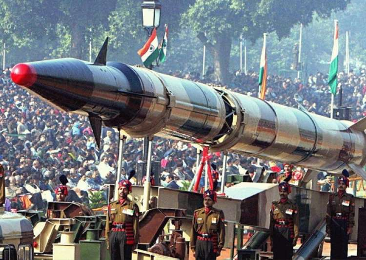 an introduction to nuclear confrontation india and pakistan Timeline: india-pakistan relations a timeline of the rocky relationship between the two nuclear-armed south asian neighbours.