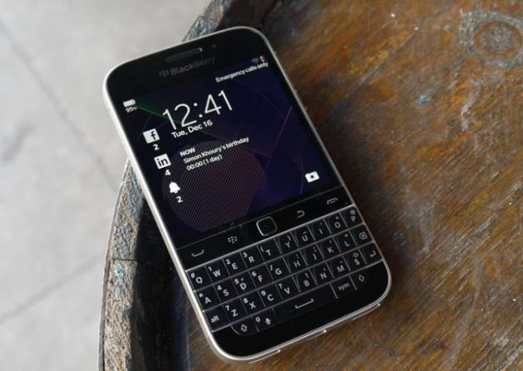 BlackBerry says goodbye to its most successful Classic ...