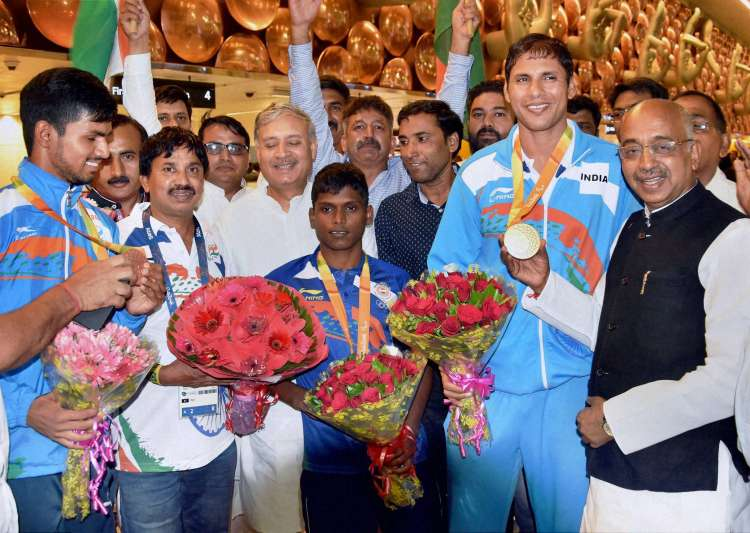 Sports ministry to recommend Rio Paralympic medallists for- India Tv