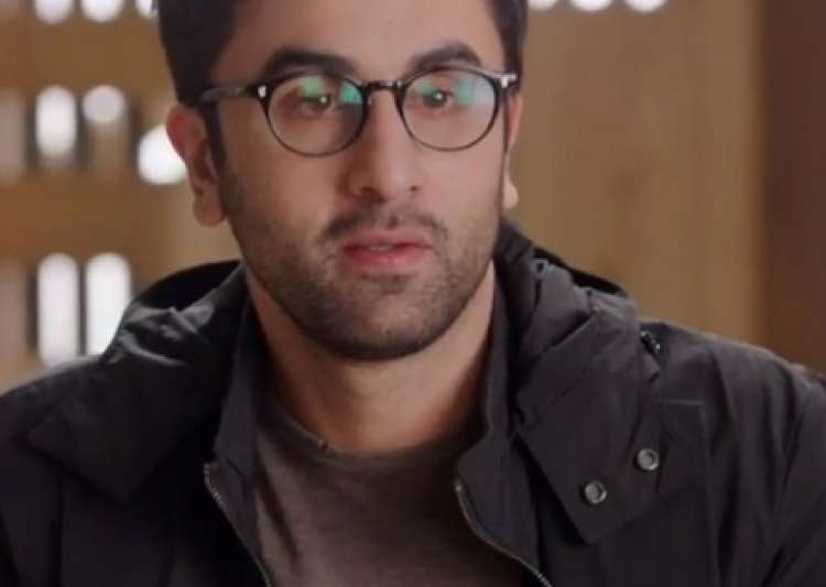 About last night: Ranbir Kapoor makes his Twitter debut but- India Tv