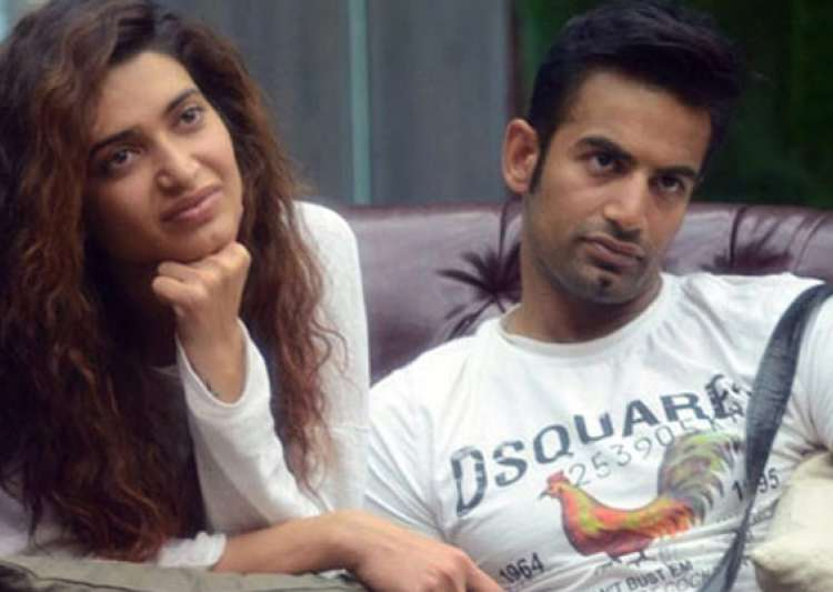 Bigg Boss 8 couple Karishma Tanna-Upen Patel spotted- India Tv