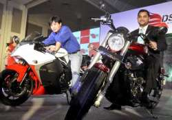 dsk hyosung launches two super bikes aquila pro and gt650r