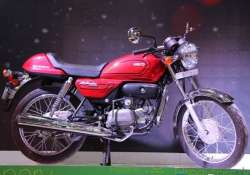 hero motocorp launches splendor pro classic and passion pro