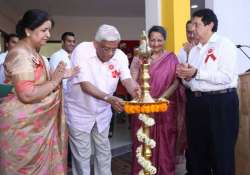deepak parekh launches first hdfc school in gurgaon