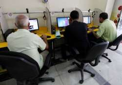 number of cyber crimes in india may touch 300 000 in 2015