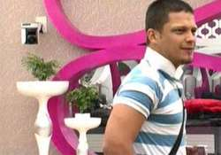 bigg boss fame siddharth to act with deana uppal