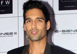 siddharth mallya signs second feature film