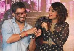 sonakshi and arjun were given as gift to amit sharma