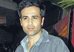 emraan hashmi spooked by a cow