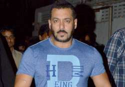 salman khan slaps his bodyguard. know what happened exactly