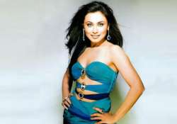 rani gives yash chopra a royal ignore