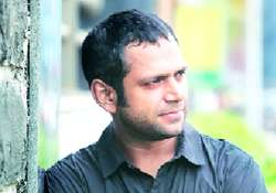 sharib hashmi sold home wife s jewellery to pursue acting