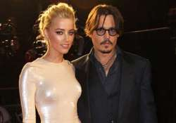 heard telling everyone about relation with depp
