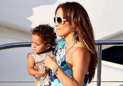 seeing stitches on son s chin freaked jlo out