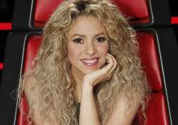 shakira to quit the voice