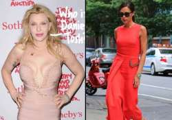 courtney love a huge fan of victoria beckham s designs