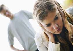 10 signs you are in a wrong relationship