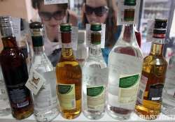 russians support higher age for buying booze