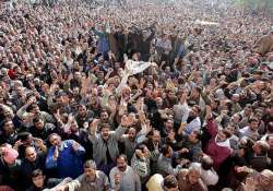 egyptian protesters intensify go mubarak campaign