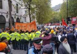 20 held as sikh protest at indian embassy in british goes