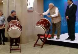 pics pm narendra modi turns into drummer