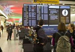 flights resume after technical glitch closed london airspace