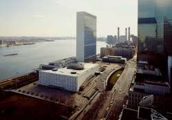 superstorm sandy causes major damage to un complex